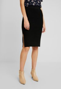 Vero Moda - VMNANCY PENCIL SLIT SKIRT - Pencil skirt - black - 0