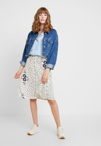 Vero Moda - VMNICE SKIRT - A-line skirt - birch - 1