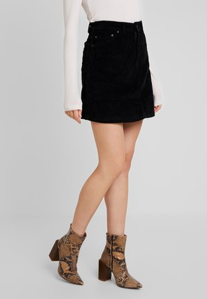 VMKARINA A-SHAPE SHORT - A-line skirt - black