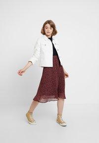 Vero Moda - VMROBERTA SKIRT - A-line skirt - port royale/brick dust roberta - 1