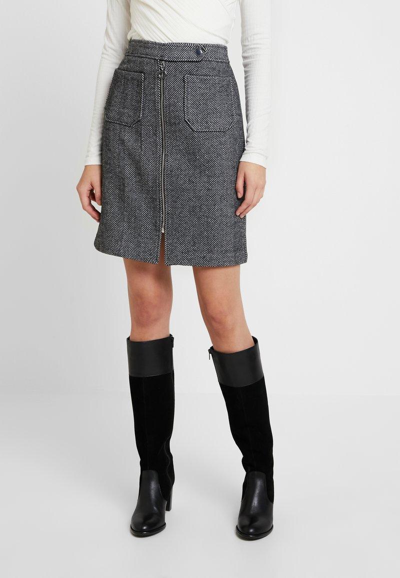 Vero Moda - VMTOYA HERRINGBONE SKIRT - A-line skirt - black/white