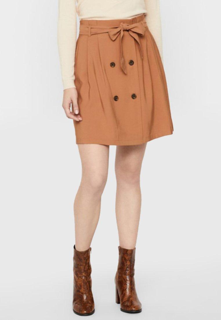 Vero Moda - ROCK KURZER - A-line skirt - tobacco brown