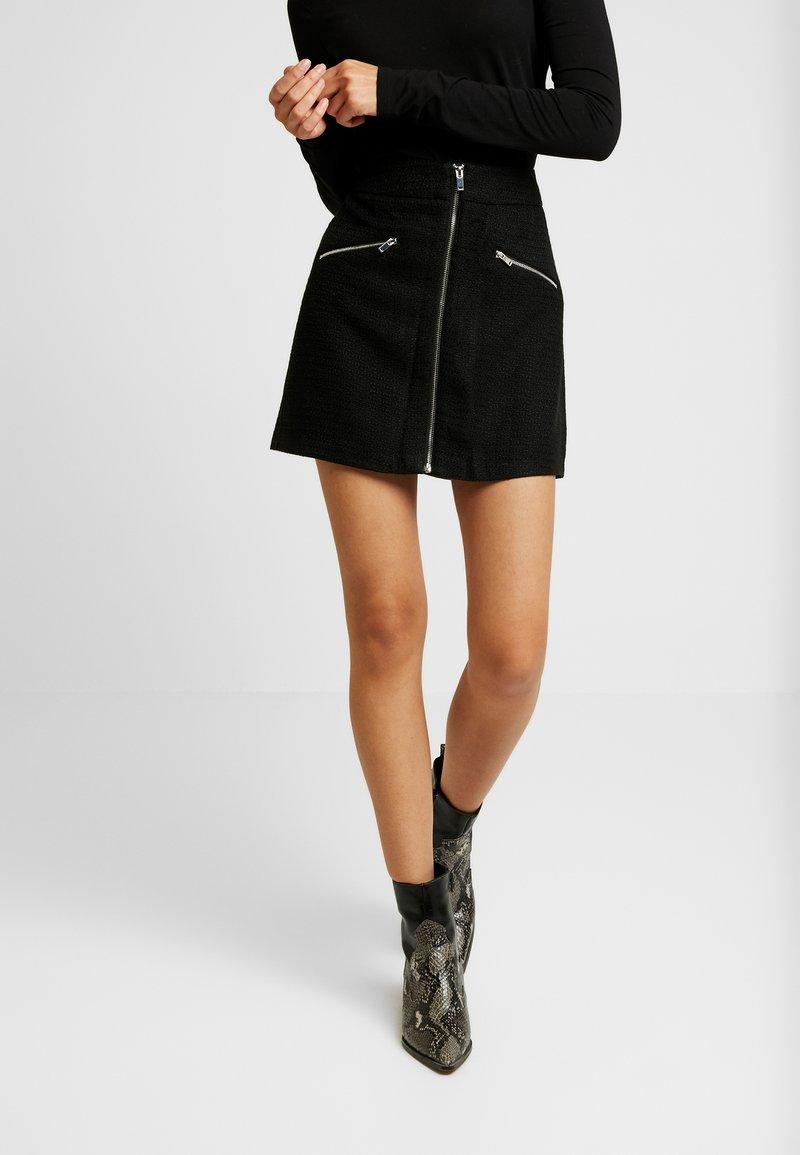 Vero Moda - VMEMMA SHORT SKIRT - Minijupe - black