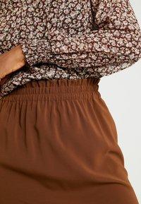 Vero Moda - VMJARROW SHORT SKIRT - A-line skirt - tortoise - 4