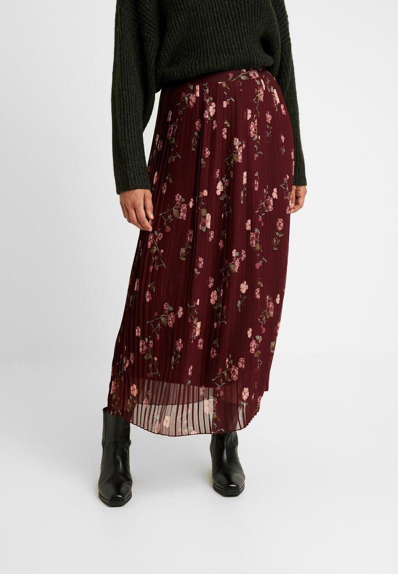 Vero Moda - VMFALLIE PLEATED SKIRT - Plisovaná sukně - port royale