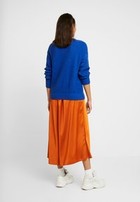 Vero Moda - VMCHRISTAS  - Plisovaná sukně - cinnamon stick - 2