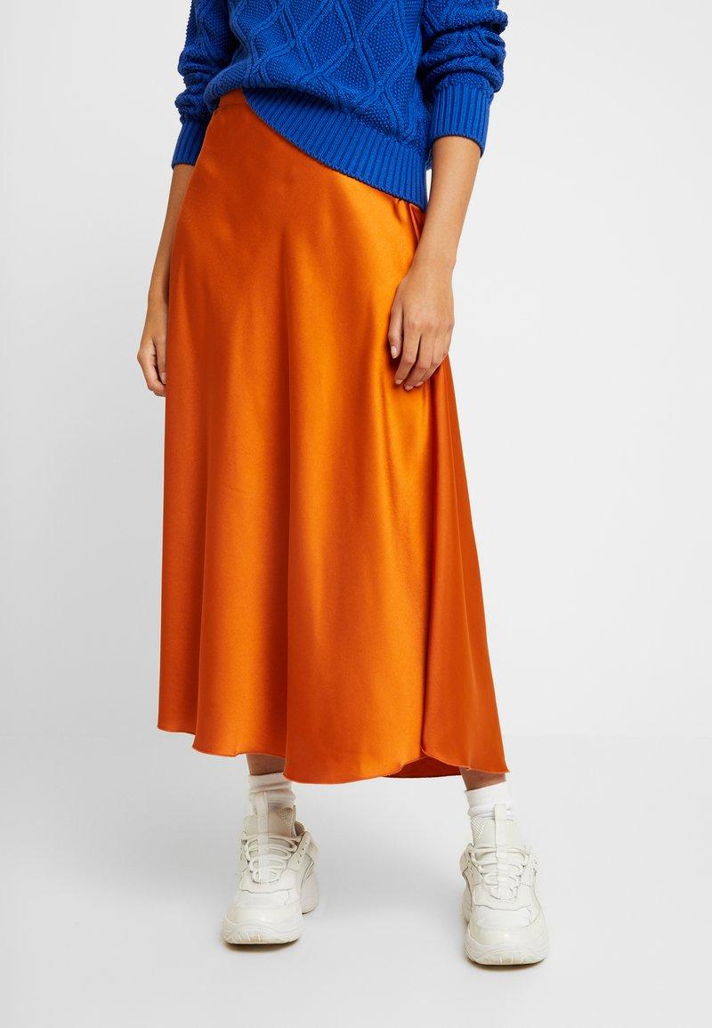 Vero Moda - VMCHRISTAS  - Plisovaná sukně - cinnamon stick