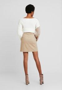 Vero Moda - FELICITY - Mini skirt - silver mink - 2