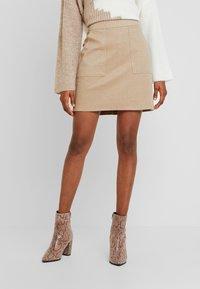 Vero Moda - FELICITY - Mini skirt - silver mink - 0