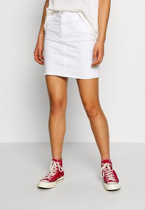 VMSEVEN SHORT CUT OFF SKIRT  - Minijupe - snow white