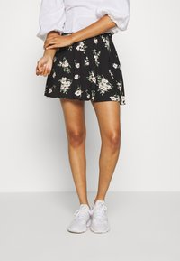 Vero Moda - VMSIMPLY EASY SKATER SKIRT - Gonna a campana - black - 0
