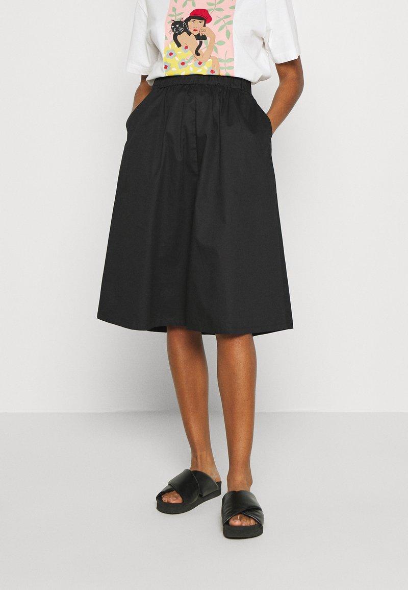 Vero Moda - VMJULIE CALF SKIRT - A-line skjørt - black