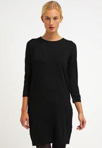 Vero Moda - VMGLORY 3/4 VIPE AURA DRESS - Stickad klänning - black - 0