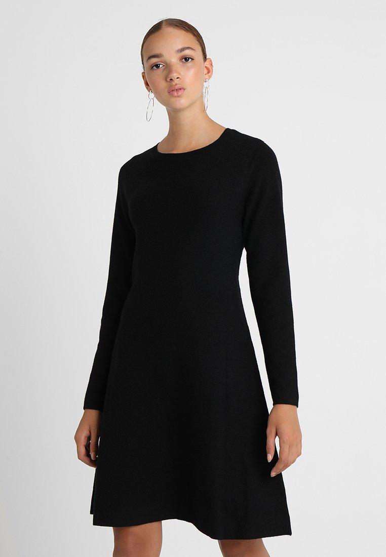 Vero Moda - VMNANCY DRESS - Pletené šaty - black