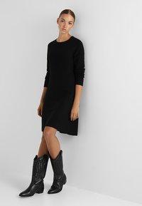 Vero Moda - VMNANCY DRESS - Pletené šaty - black - 2