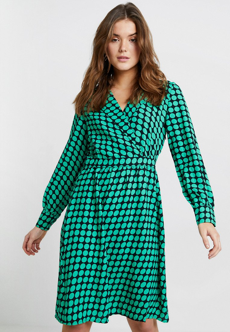 Vero Moda - VMSARAH DOT KNEE WRAP DRESS - Korte jurk - night sky/holly green