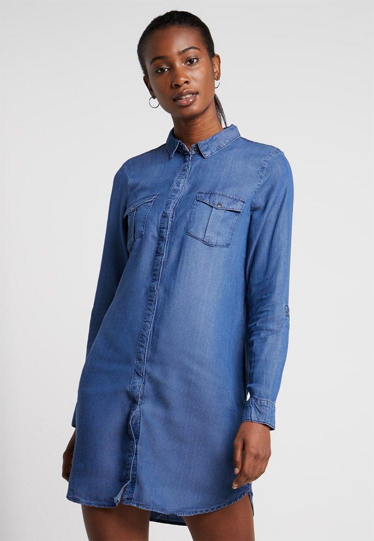Vero Moda - VMSILLA SHORT DRESS - Spijkerjurk - medium blue denim