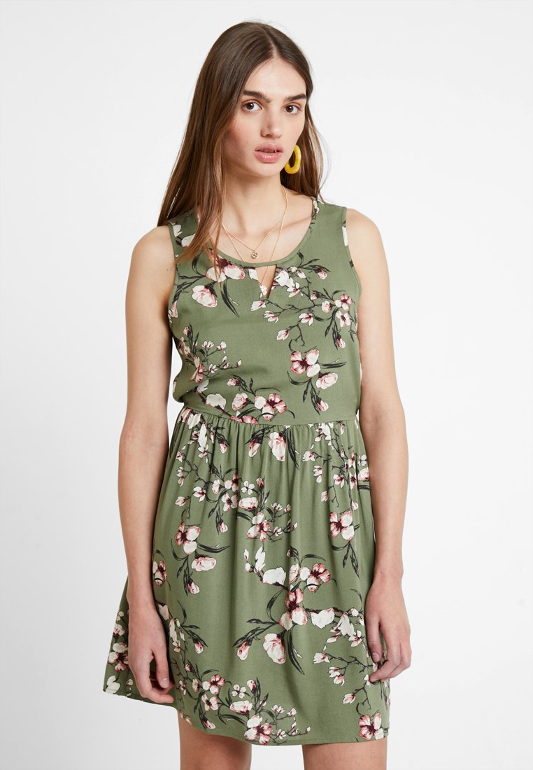Vero Moda - VMSIMPLY EASY SHORT DRESS - Freizeitkleid - oil green