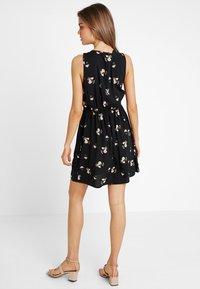 Vero Moda - VMSIMPLY EASY SHORT DRESS - Vestito estivo - black/anya - 2