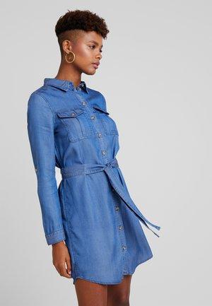 VMMIA REGULAR DRESS - Farkkumekko - medium blue denim
