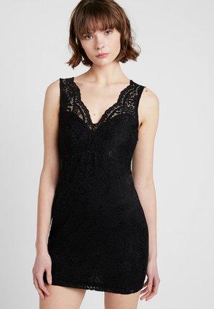 VMCELEB MINI DRESS - Koktejlové šaty/ šaty na párty - black