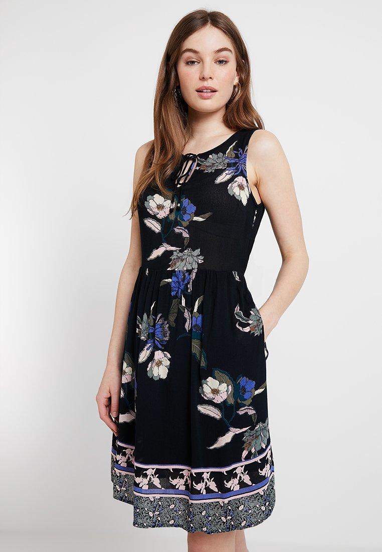 Vero Moda - VMOLINA SHORT DRESS - Freizeitkleid - black/olina