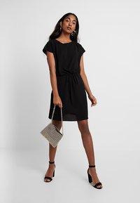 Vero Moda - VMSASHA BALI DRESS - Denní šaty - black - 2