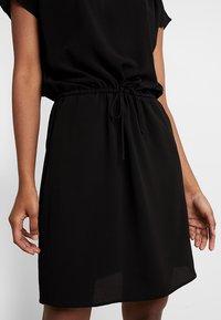 Vero Moda - VMSASHA BALI DRESS - Denní šaty - black - 6