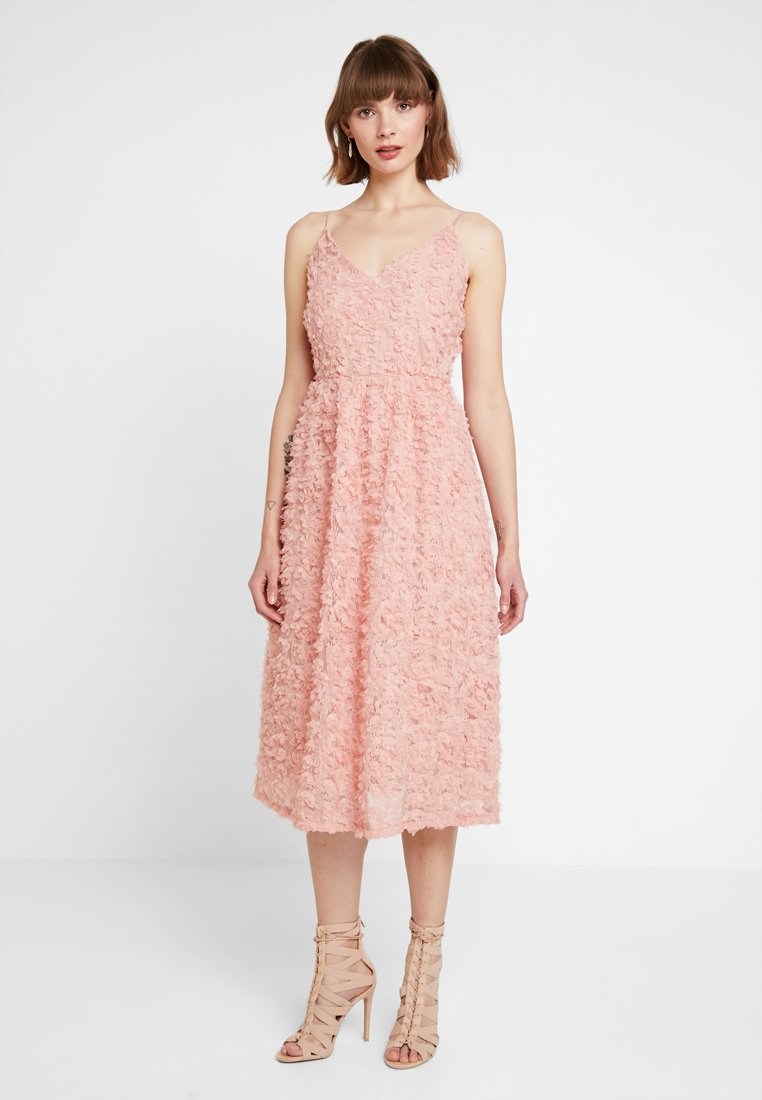 Vero Moda - VMSHELLY DRESS - Cocktailkleid/festliches Kleid - misty rose