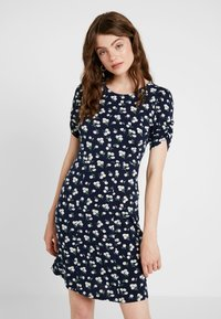 Vero Moda - VMANNA DRESS - Kotelomekko - navy blazer - 0