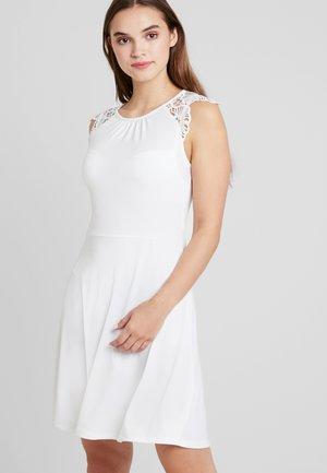 VMDONIKA DRESS - Vestido ligero - snow white