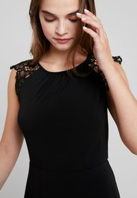 Vero Moda - VMDONIKA DRESS - Jersey dress - black - 3