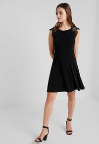 Vero Moda - VMDONIKA DRESS - Jersey dress - black - 1