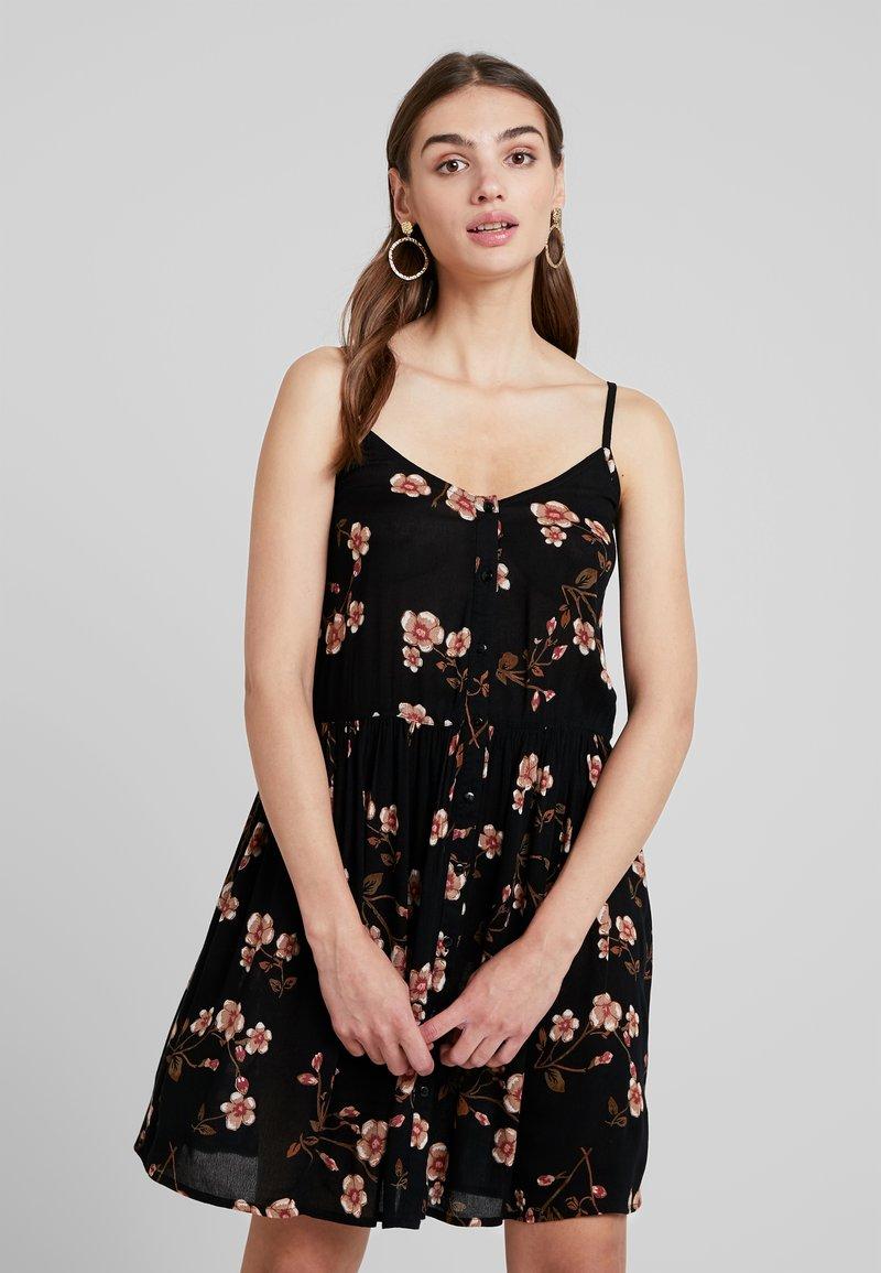 Vero Moda - VMMORNING CALLIE SHORT DRESS - Freizeitkleid - black