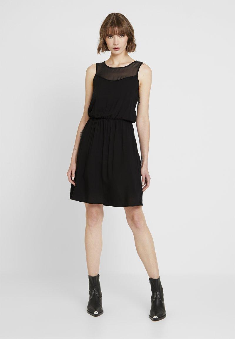 Vero Moda - VMDEPO YOKE DRESS - Vestito estivo - black