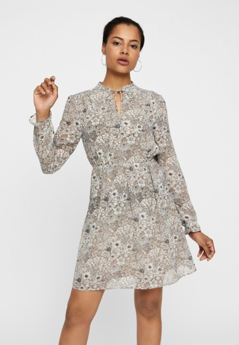Vero Moda - Sukienka letnia - grey