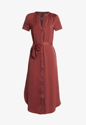 VMALBA BELT DRESS - Abito a camicia - cowhide