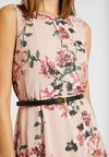 Vero Moda - VMSUNILLA SHORT DRESS - Cocktailkleid/festliches Kleid - sunilla