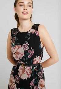 Vero Moda - VMSUNILLA SHORT DRESS - Kjole - black/sunilla - 3