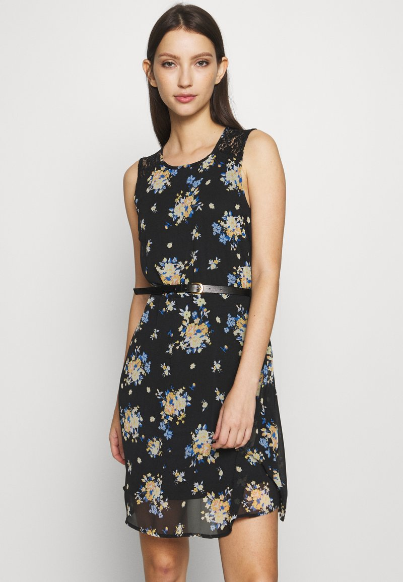 Vero Moda - VMSUNILLA SHORT DRESS - Vestido informal - black
