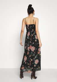 Vero Moda - VMSUNILLA DRESS - Maxi dress - black - 2