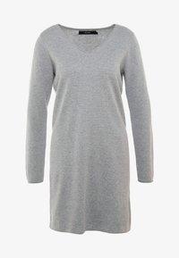 Vero Moda - VMDIANE V-NECK DRESS - Abito in maglia - light grey melange - 3