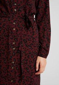 Vero Moda - VMSASHA - Skjortklänning - port royale/annie - 5