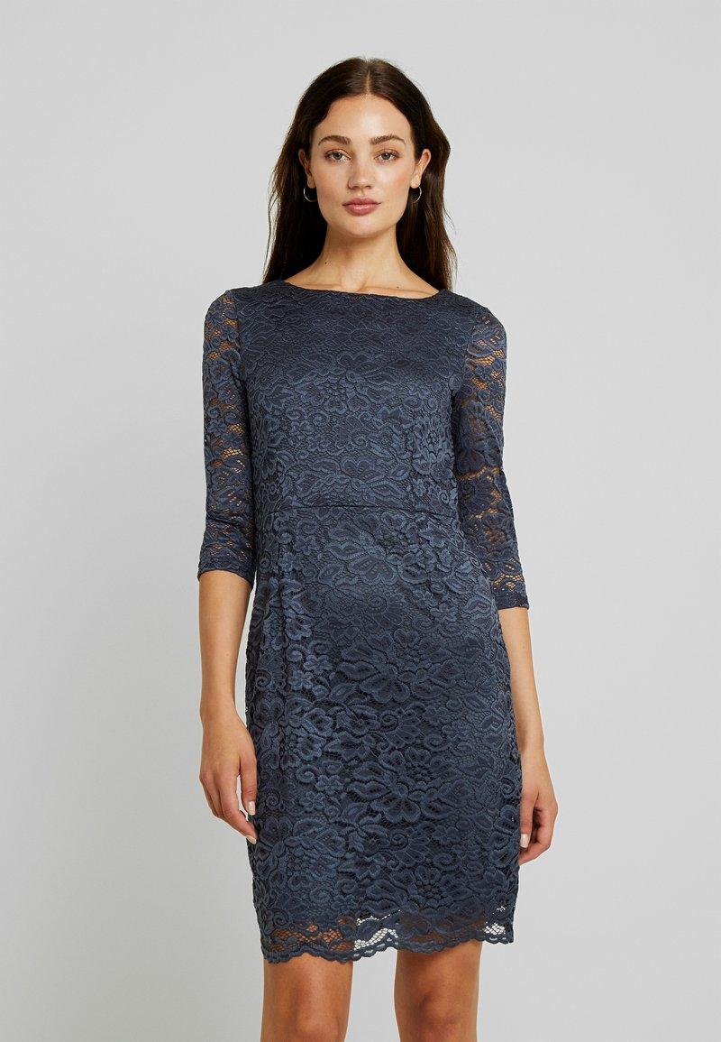 Vero Moda - STELLA DRESS COLOR - Etuikleid - ombre blue