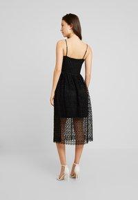 Vero Moda - VMMADELEINE CALF DRESS - Denní šaty - black - 3