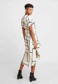Vero Moda - VMDALION SLIT DRESS  - Skjortklänning - oyster grey - 3