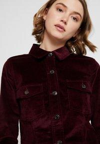 Vero Moda - VMTARA SHORT DRESS - Skjortekjole - port royale - 4