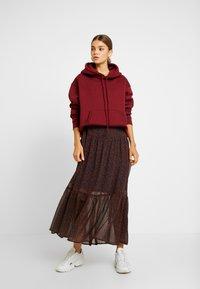 Vero Moda - VMROBERTA ANCLE DRESS - Maxi šaty - night sky/tortoise - 2