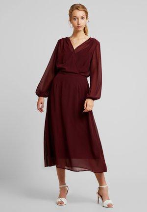 VMGROA WRAP DRESS - Robe d'été - port royale