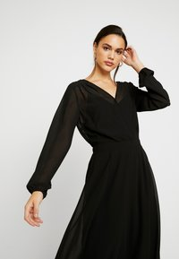 Vero Moda - VMGROA WRAP DRESS - Robe d'été - black - 5
